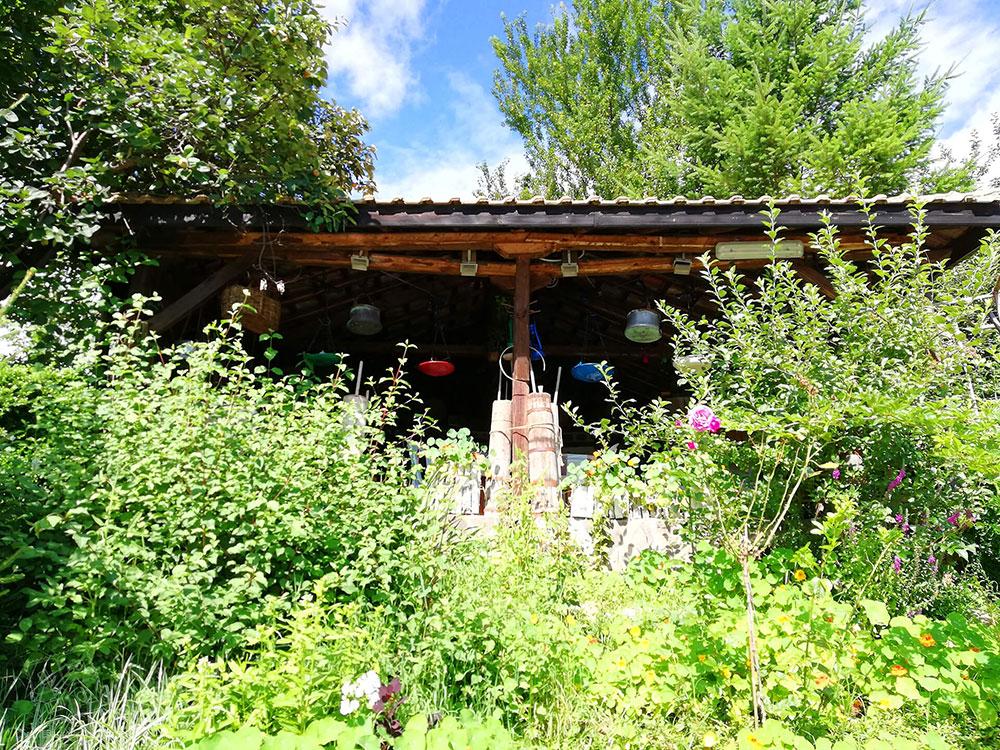 Гледка към старата мандра Родопа милк, село Смилян